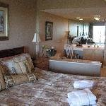 Villamare Villas Resort at Palmetto Dunes Thumbnail