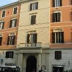 Hotel Fontanella Borghese Thumbnail