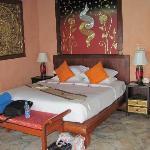 Jasmine villa - master bed