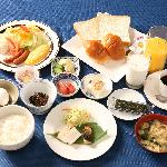 【朝食例】四季折々の素材を使った朝食。福岡特産もあります。
