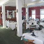 Fullerton Inn- Dining room