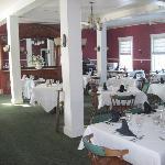 Fullerton Inn- Dining room