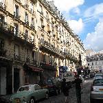 Facade rue Lepic