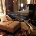 corner view in bed room of harbor view suite1002