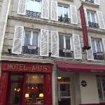 Photo de Hôtel des Arts - Montmartre