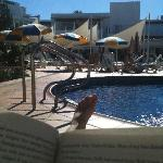 Good book. Great weather. Lovely break.