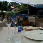 "I tavoli de ""La Magnolia"" a bordo piscina... Incantevole"