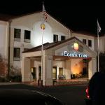 Das Comfort Inn spät abends