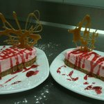 delicious strawberry cheesecake