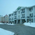 Photo de Holiday Inn Express Hudson-I-94