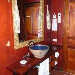 lavandino Lotus room