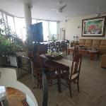 upper floor (breakfast room)