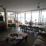upper floor (breakfast room and saloon)
