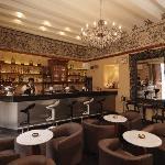 Bar, wine & andean tapas.