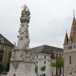 Vor der Matthiaskirche