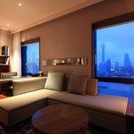 Shanghai Suite 08