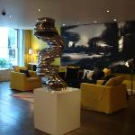 beautiful lobby with a sheme of yellow and black colours