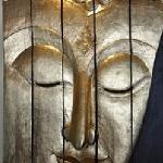 Tête de Buddha géante (1.m80x1m.20) en bois (décoration principale)