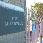 Millhouse gate