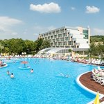 Hotel Ralitsa Superior - swimming pool