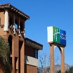 Holiday Inn Express Moreno Valley