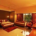 Photo of Hotel Woodland