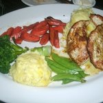 Pan roasted chicken with mashed potatoes and veggies