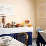 Breakfast rooms