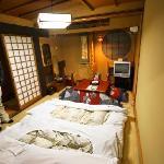 2 people in 1 six  tatami room