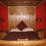 Torguish House B&B: the honeymoon bedroom