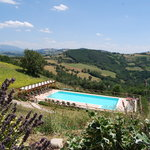 Pool with a view near Peruiga and Gubbio