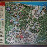 Le plan du resort....immense! Un petit kart passe aux 15 minutes pour vous amener où vous voulez