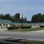 EVERGREEN INN MOTEL