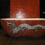 Exquisite bathtub (Room 31)