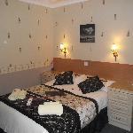 room 8 double