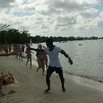 Aérobie sur la plage avec Batman
