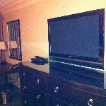 TV w/ DVD player
