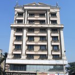 Photo of Solitaire Hotel