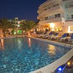 Night pool & terrace