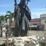 Statue of the Pope at La Catedral de San Isidro