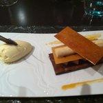 mille feuille au chocolat, glace au poivre doux...