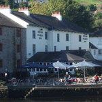 Beautiful Riverside Inn