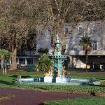 Gardens Opposite Hotel