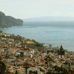 Blick über Funchal bis zu den beiden Desertas Inseln