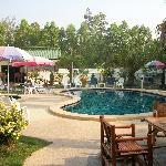 Ryan's Resort - pool area