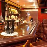 Sinatra's Bar & Grill