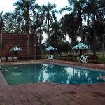 2.-Pto.Iguazú-Complejo Americano: piscina de uso restringido