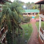 9.-Pto Iguazú Esturión Hotel& Lodge: vista desde uno de los pasillos