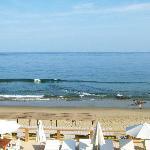 Vista de la playa en la mañana