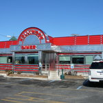 Exterior of the Hollywood Diner 2011